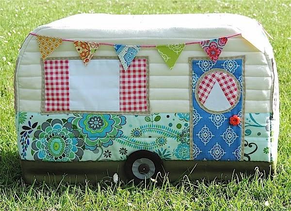 vintage caravan sewing machine cover pattern version 1 and