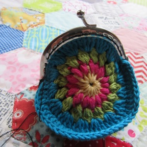 small crochet purse tute 10