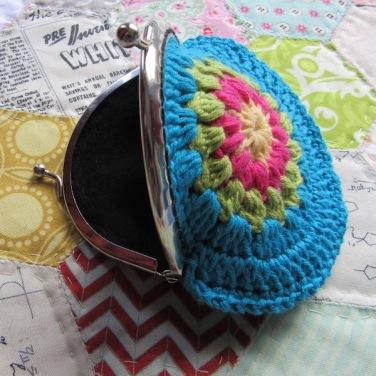 small crochet purse tute 15